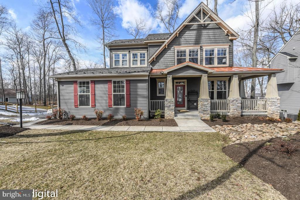 Amazing curb appeal. - 4736 OLD MIDDLETOWN RD, JEFFERSON