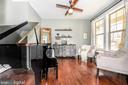Lots of light. - 4736 OLD MIDDLETOWN RD, JEFFERSON