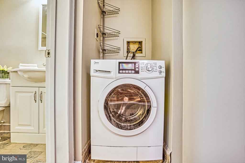 Ventless washer/dryer combo - 3200 S 28TH ST #404, ALEXANDRIA