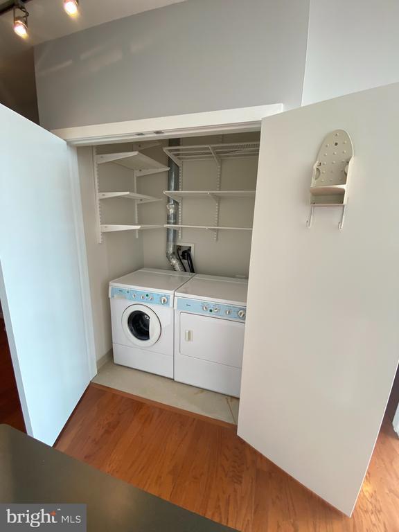 Side by side Washer/Dryer with plenty of storage - 1414 BELMONT ST NW #309, WASHINGTON