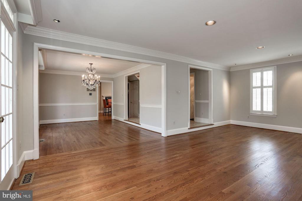 Living Room/Dining Room - 1301 19TH RD S, ARLINGTON