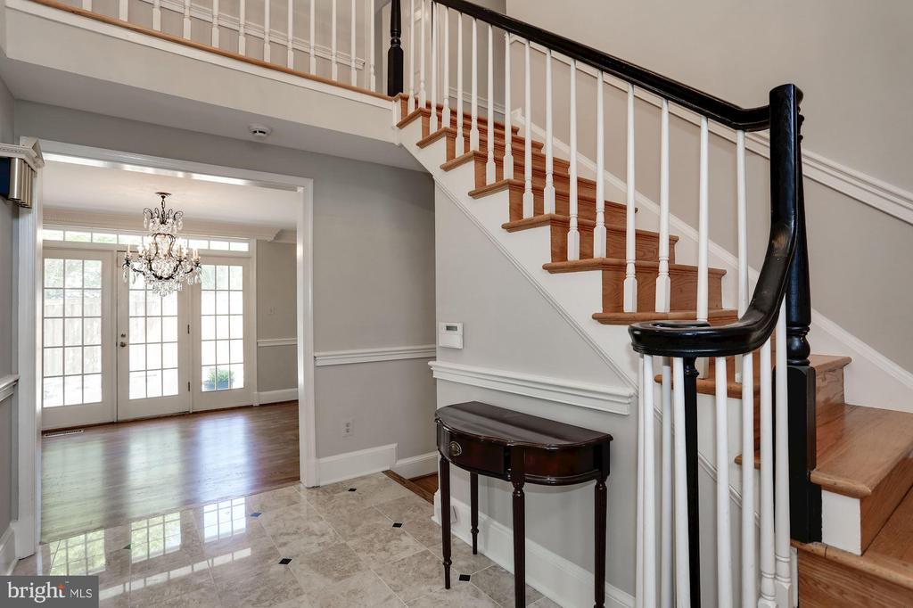 Entry Foyer Leading to Dining Room - 1301 19TH RD S, ARLINGTON