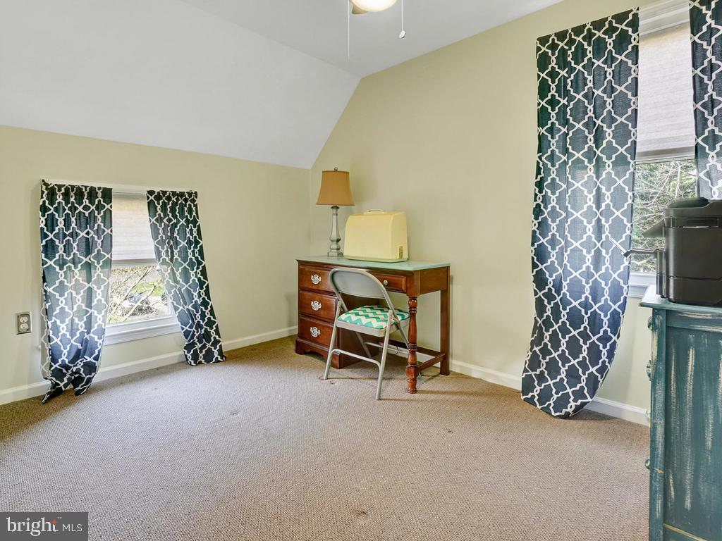Bedroom 3-Upper Level - 6598 TWIN LAKE CT, NEW MARKET