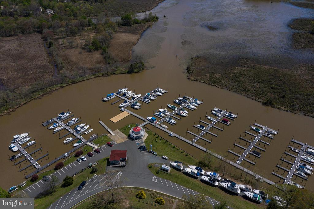 Aquia harbour boat slips and marina! - 2026 FARRAGUT DR, STAFFORD