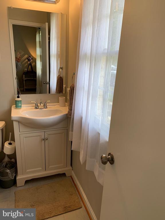 Bath Room # 1 - 2403 SPRING ST, DUNN LORING
