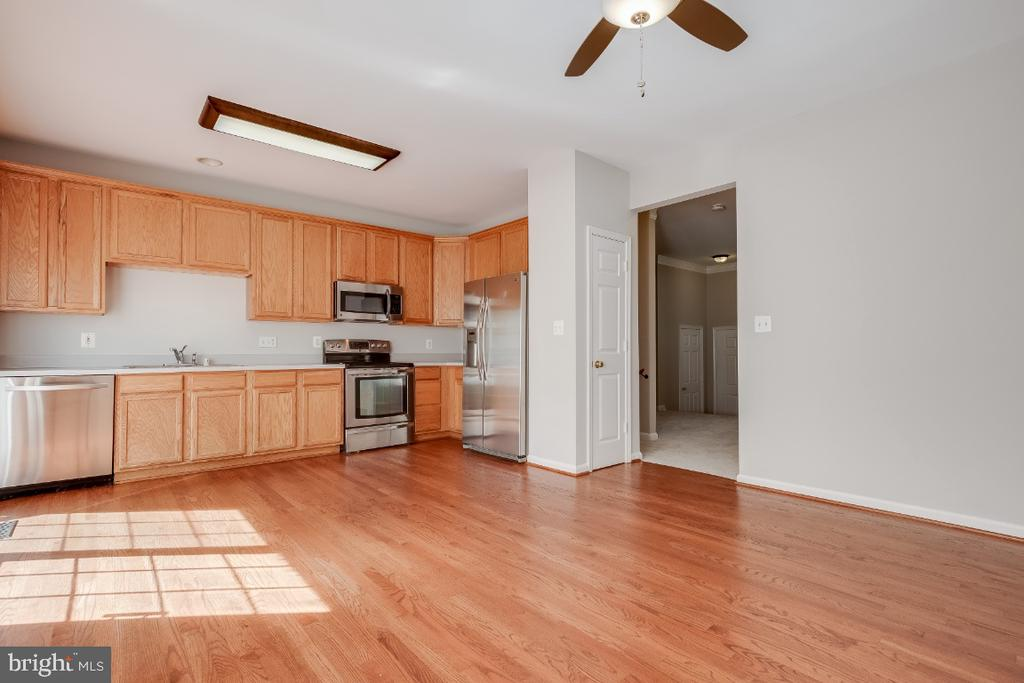 Refinished Hardwood Floors - 43059 CANDLEWICK SQ, LEESBURG