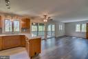 Spacious Family Rm and Screened Porch - 6 RIVER OAK PL, FREDERICKSBURG