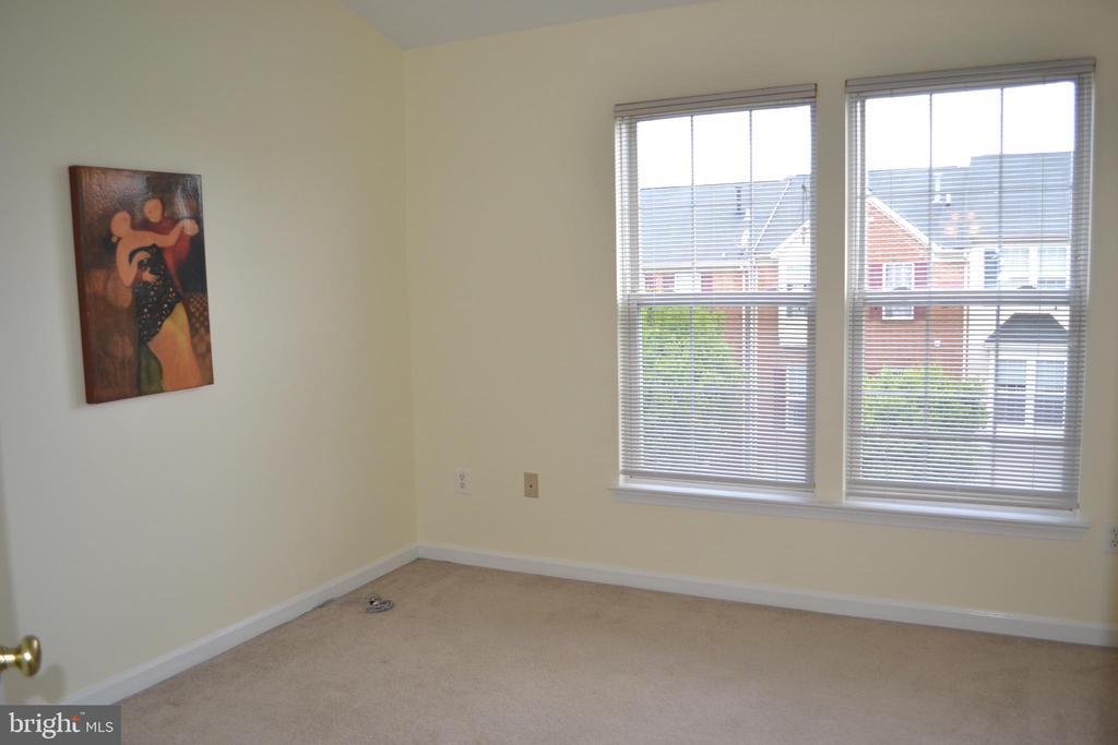 Bedroom 1 - 13004 ROSEBAY DR #1704, GERMANTOWN