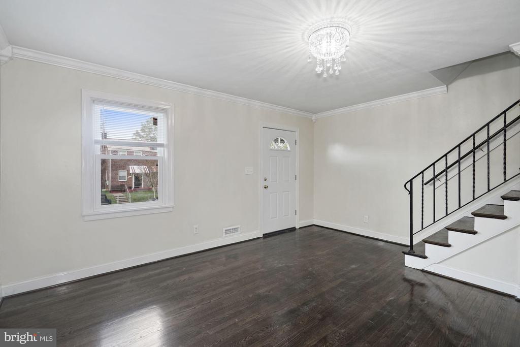 Living Room - 4344 F ST SE, WASHINGTON