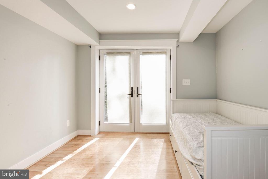 Lower Level Bedroom 5 - 2326 N VERNON ST, ARLINGTON