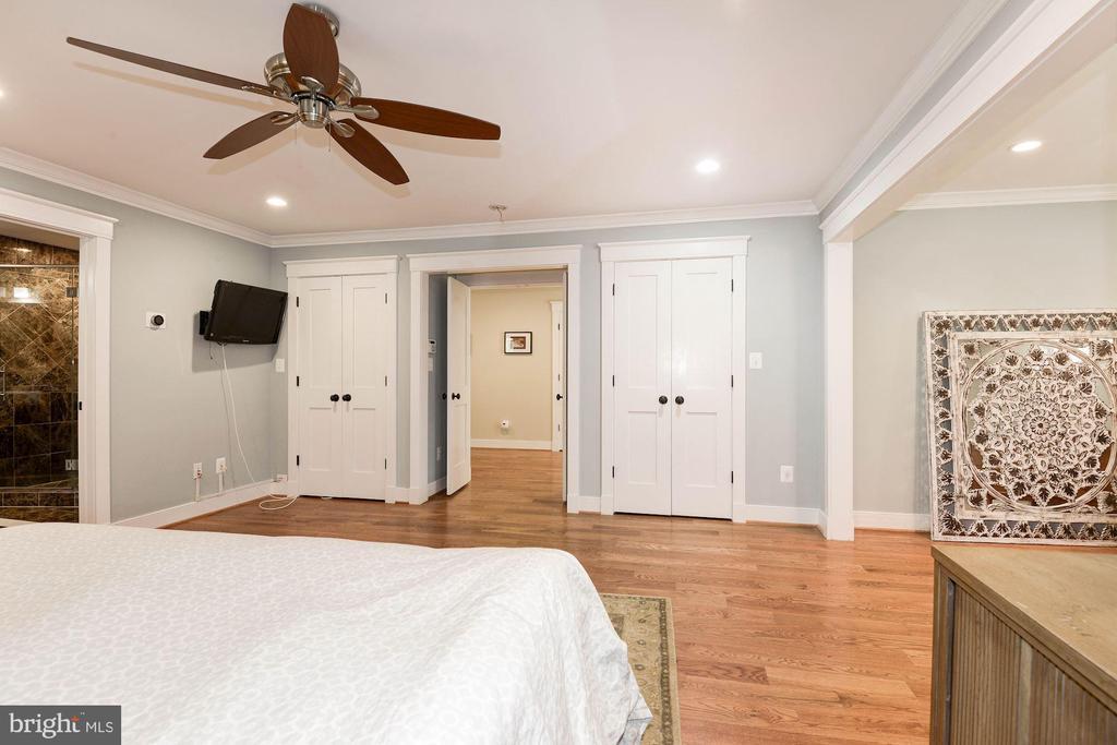 Master Bedroom - 2326 N VERNON ST, ARLINGTON