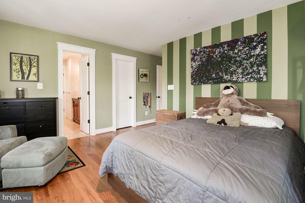 Bedroom 3 - 2326 N VERNON ST, ARLINGTON