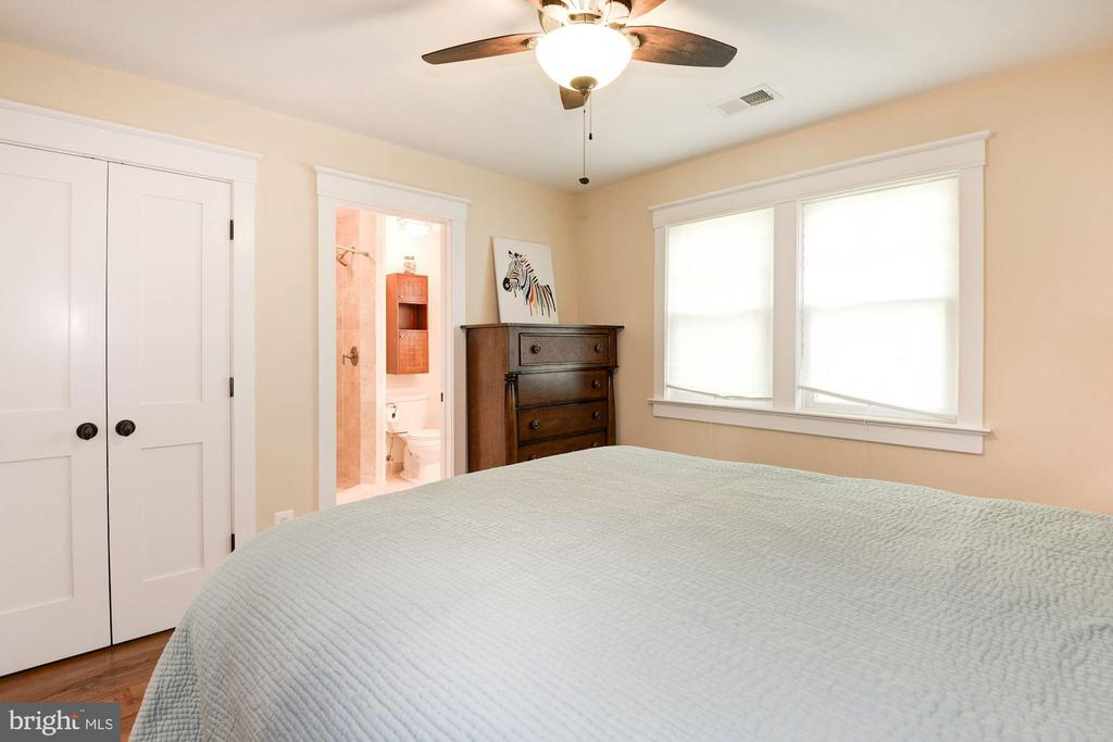 Bedroom 4 - 2326 N VERNON ST, ARLINGTON