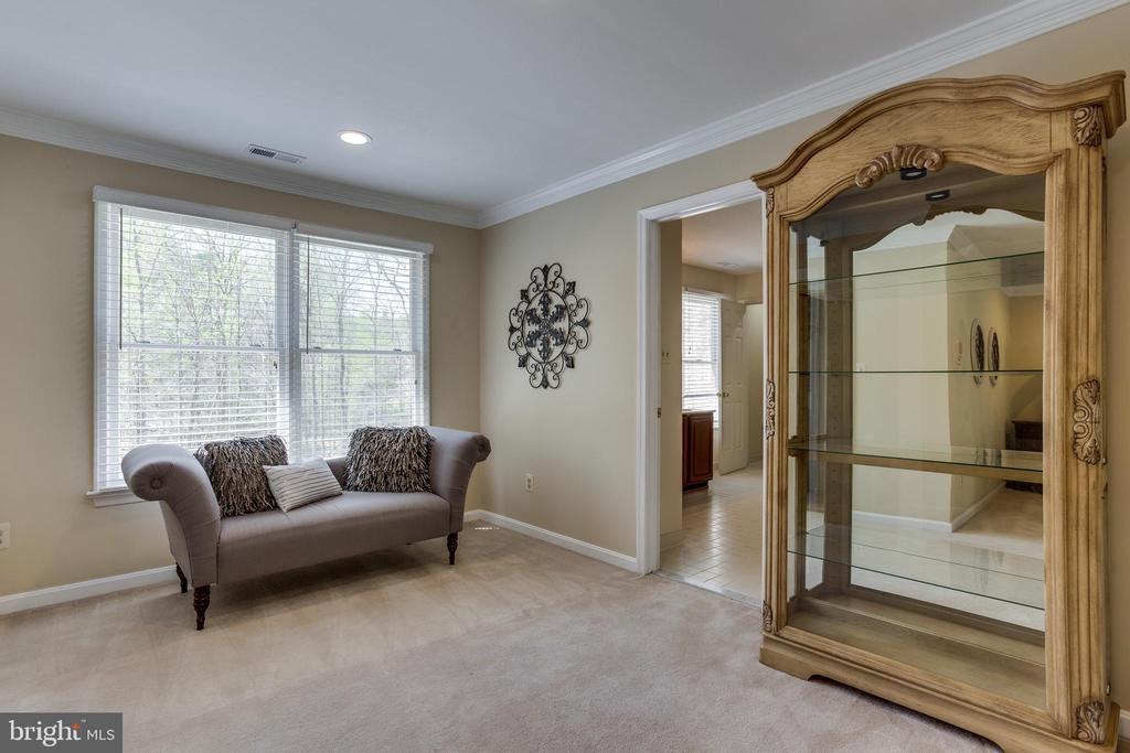 Master Bedroom Sitting Room - 7780 KELLY ANN CT, FAIRFAX STATION