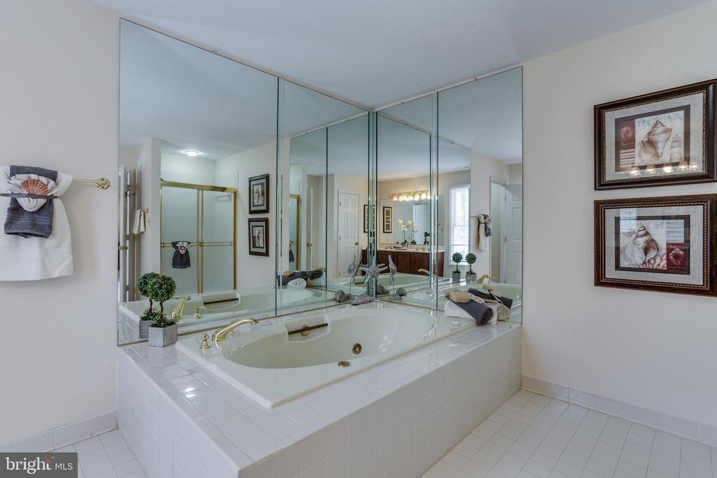 Master Bath - 7780 KELLY ANN CT, FAIRFAX STATION
