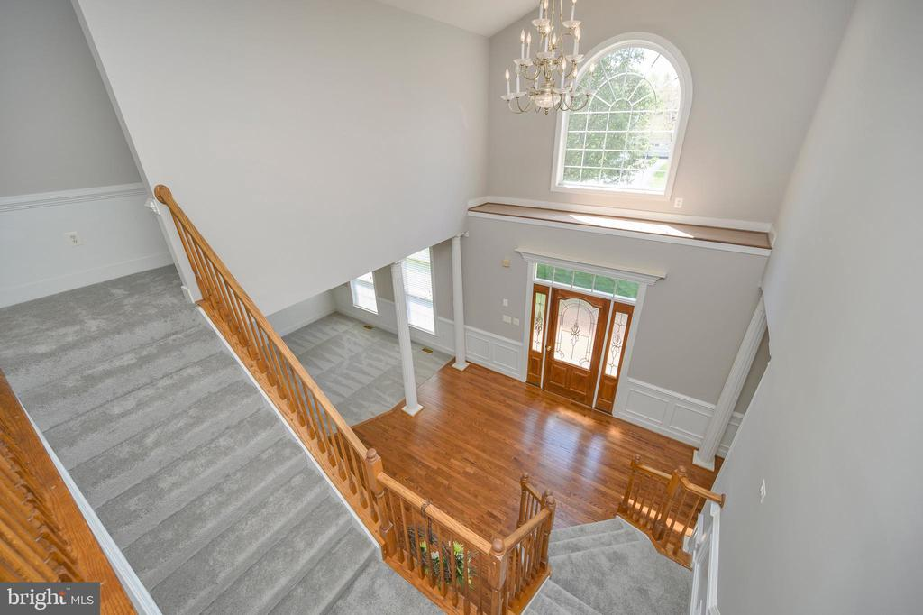 Incredible view from the upstairs/those floors! - 42 LIGHTFOOT DR, STAFFORD