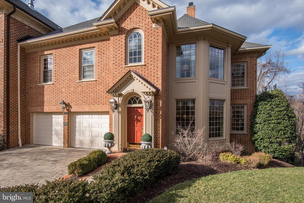 Welcome Home! - 3823 N RANDOLPH CT, ARLINGTON
