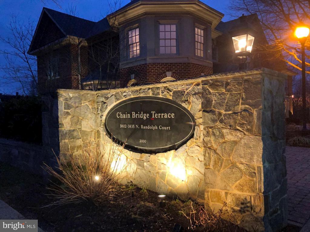 Home Sweet Home! - 3823 N RANDOLPH CT, ARLINGTON