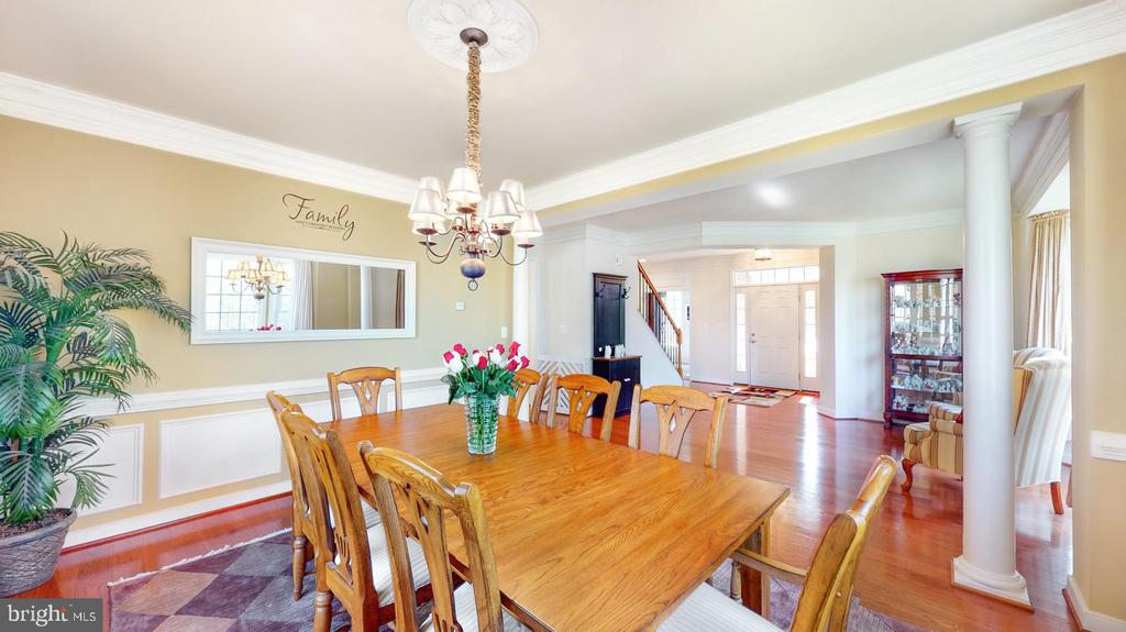 Formal dining room with wood floors - 31 CRAWFORD LN, STAFFORD