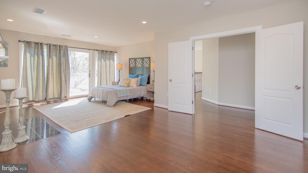 Master bedroom - 3305 22ND ST N, ARLINGTON