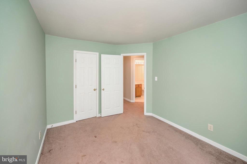Bedroom 1 - 16362 HERITAGE PINES CIR, BOWLING GREEN