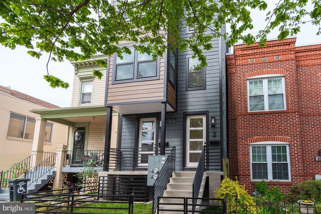 802 10th Street Unit 2 - 802 10TH ST NE #2, WASHINGTON