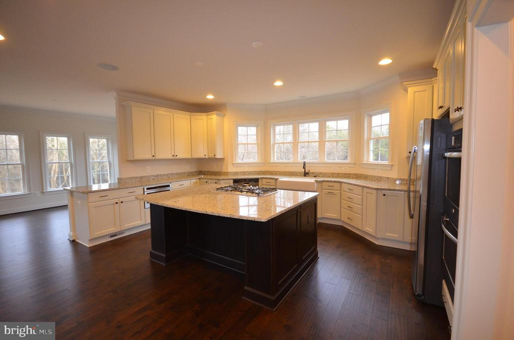 GOURMET KITCHEN WITH ISLAND - 5903 COPPER MILL DR, FREDERICKSBURG