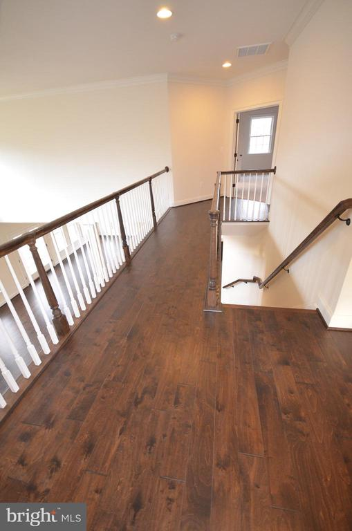 OPTIONAL HARDWOOD UPPER HALL WAY - 5903 COPPER MILL DR, FREDERICKSBURG