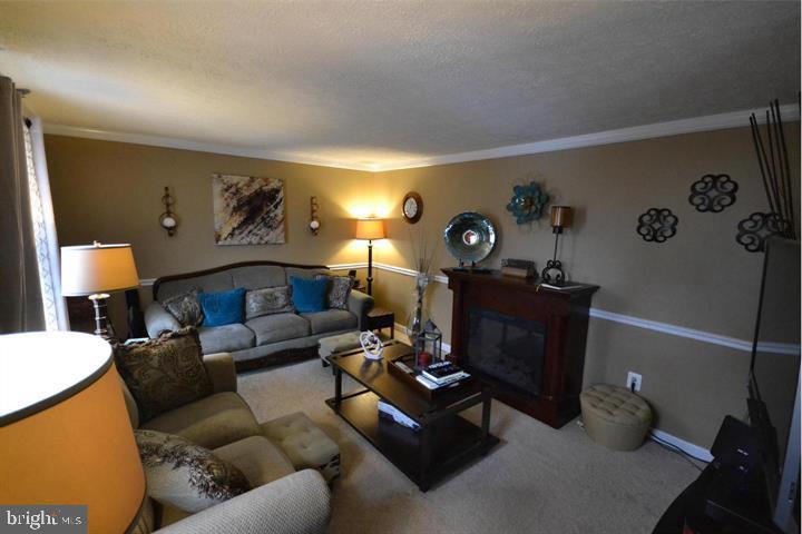 Living  Room - 16007 FAIRWAY DR, DUMFRIES