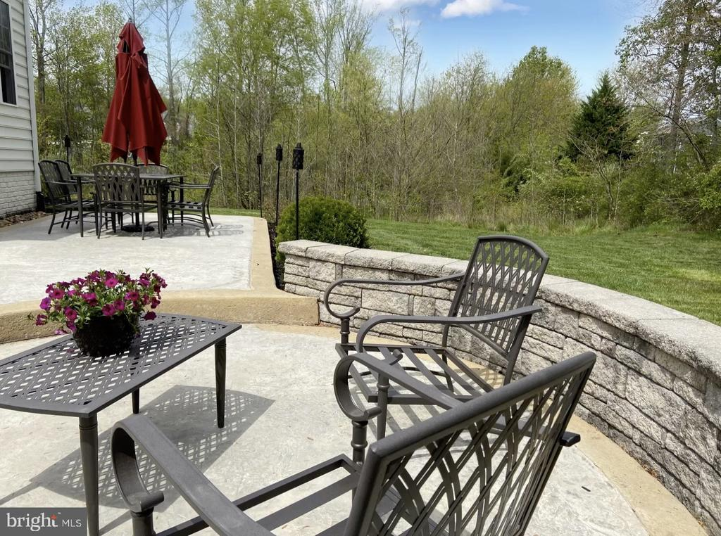Perfect spot for relaxing & even a fire-pit! - 31 CRAWFORD LN, STAFFORD