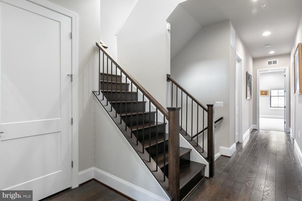 Upper Level 2, Private Elevator & Hall - 44665 BRUSHTON TER, ASHBURN
