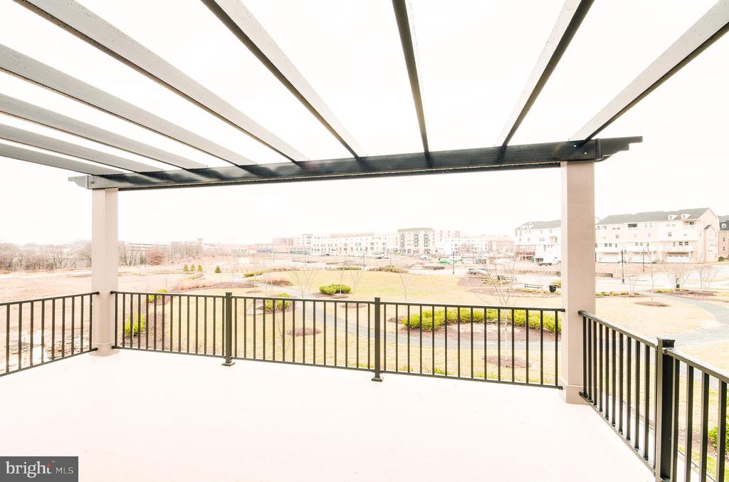 terrace off owners bedroom - 400 SALK CIRCLE, GAITHERSBURG