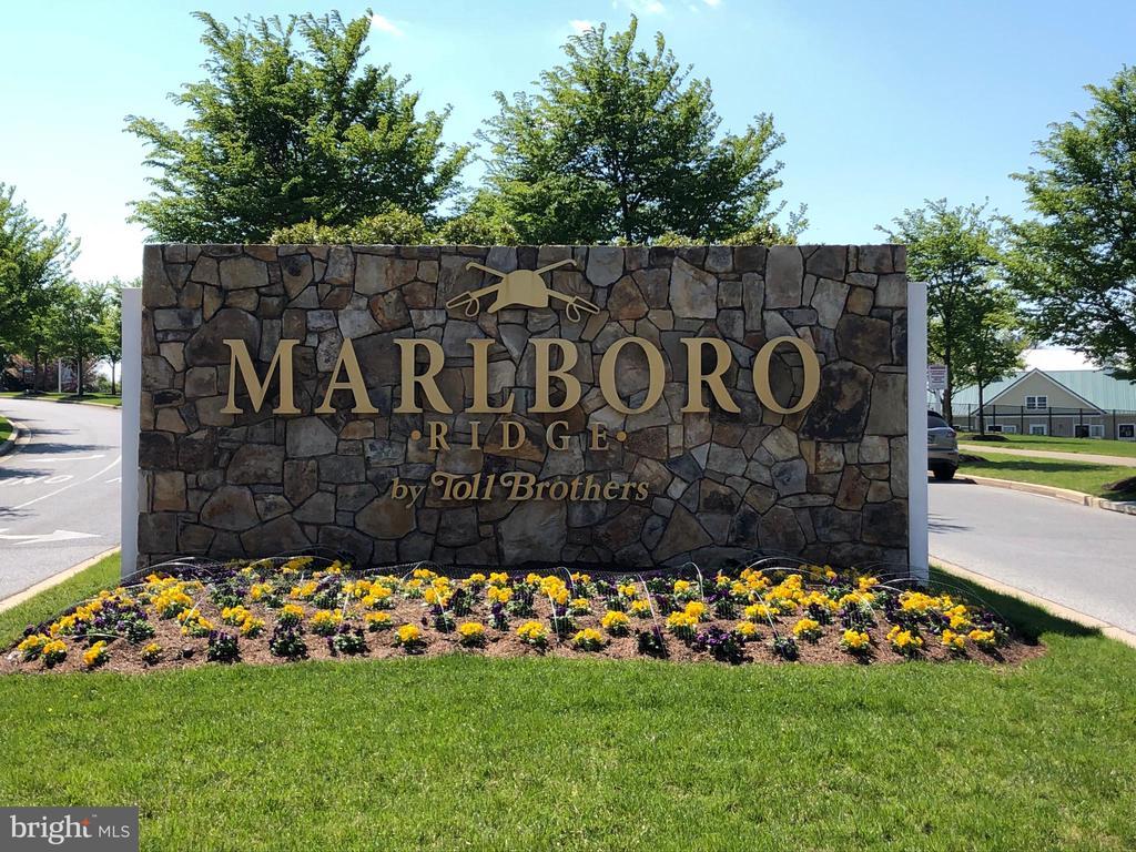 Marlboro Ridge Entrance - Community - 11504 PEGASUS CT, UPPER MARLBORO