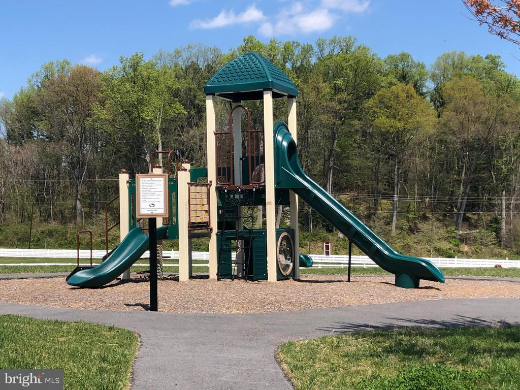 Playground - Comnunity - 11504 PEGASUS CT, UPPER MARLBORO