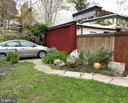 The side yard, the garage/shed and driveway - 900 SOUTH CAROLINA AVE SE, WASHINGTON