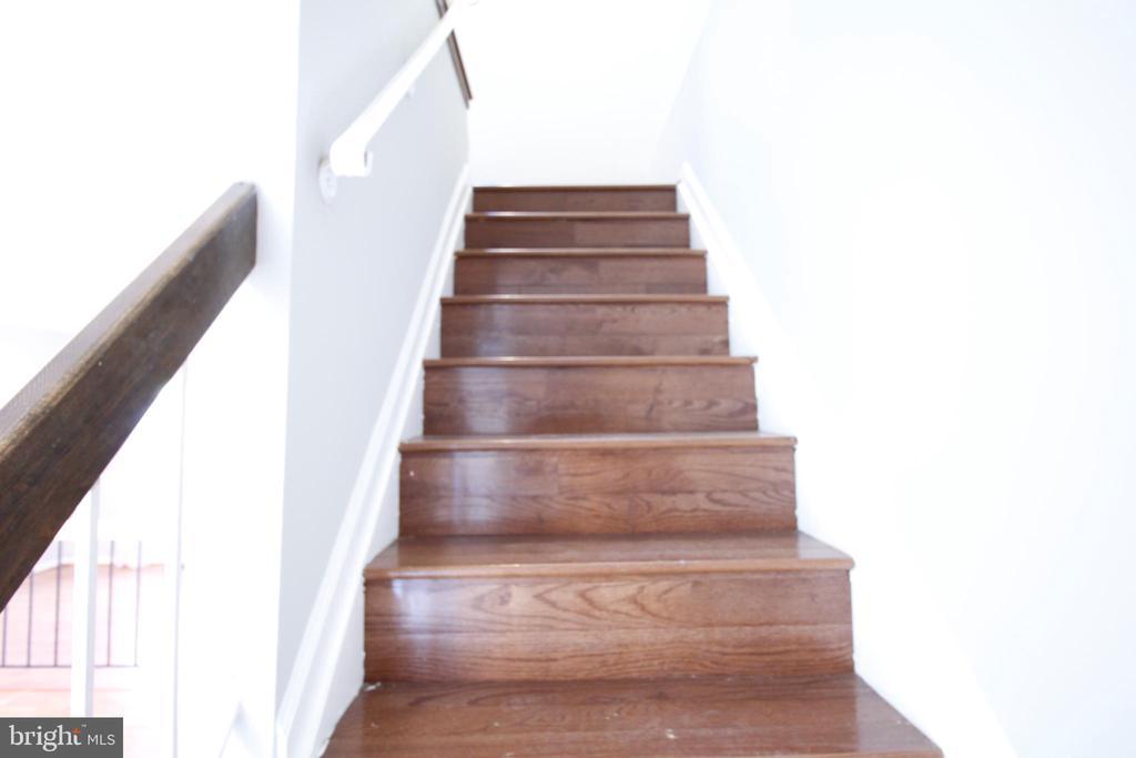 Hard wood floors - 19145 GROTTO LN, GERMANTOWN