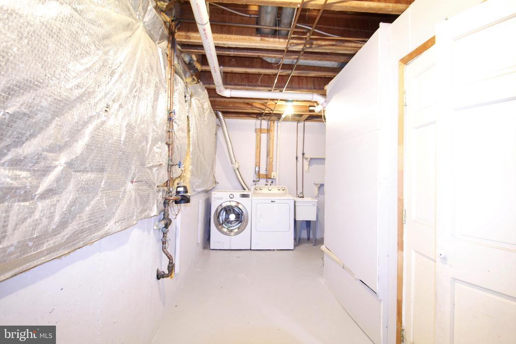 Utility Room - 19145 GROTTO LN, GERMANTOWN