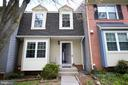 Front - 19145 GROTTO LN, GERMANTOWN