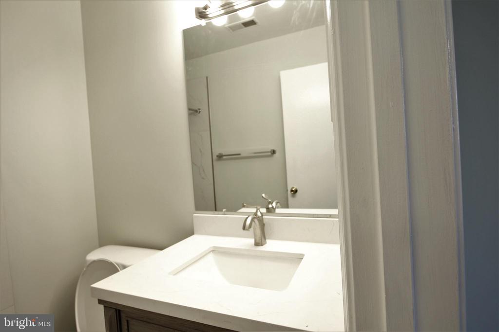 Bath Room - 19145 GROTTO LN, GERMANTOWN