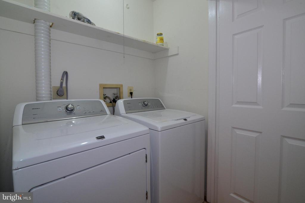 Washer Dryer Closet on Main Level - 11612 OLD BROOKVILLE CT, RESTON