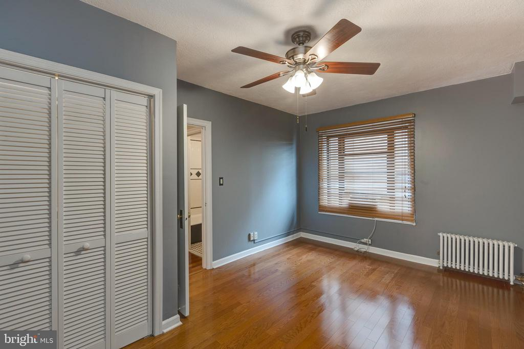 Two walk in closets! - 2100 19TH ST NW #604, WASHINGTON
