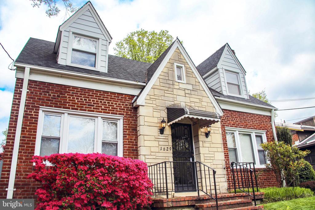 Welcome home!!! - 1629 PRIMROSE RD NW, WASHINGTON