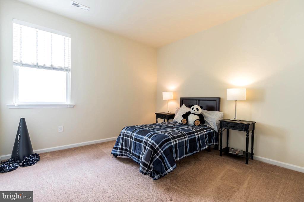 Second bedroom - 17 WAGONEERS LN, STAFFORD
