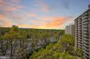 Fabulous Western Exposure! - 4620 N PARK AVE #1005E, CHEVY CHASE