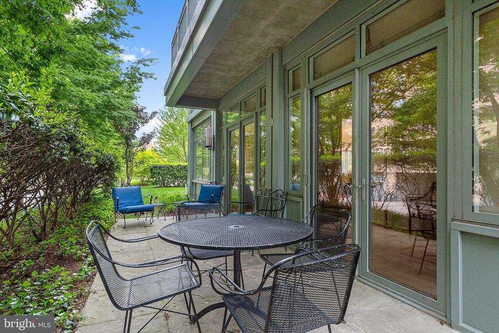 Private Terrace - 2425 L ST NW #240, WASHINGTON
