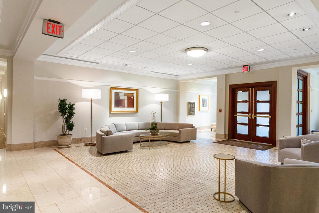 Newly Remodeled Lobby - 2425 L ST NW #240, WASHINGTON