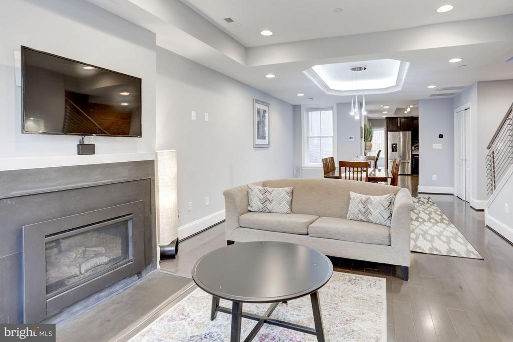 Living Room - 229 E ST NE, WASHINGTON