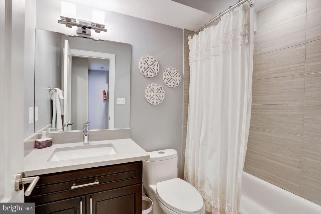Basement Bathroom - 229 E ST NE, WASHINGTON