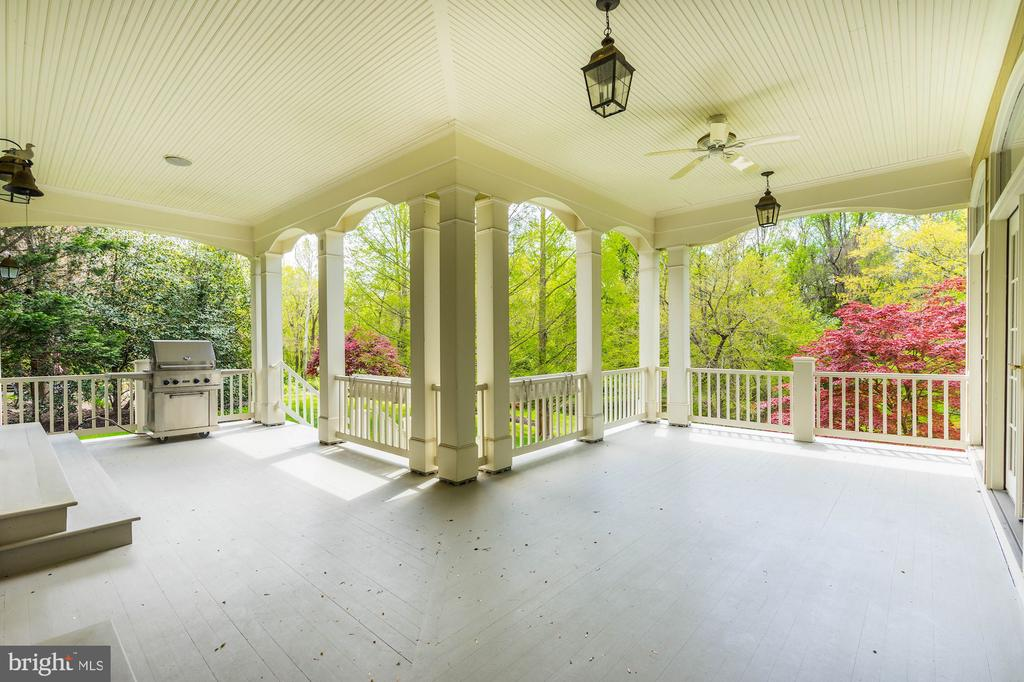 Access this Retreat from your Study - 1006 BRYAN POND CT, MCLEAN