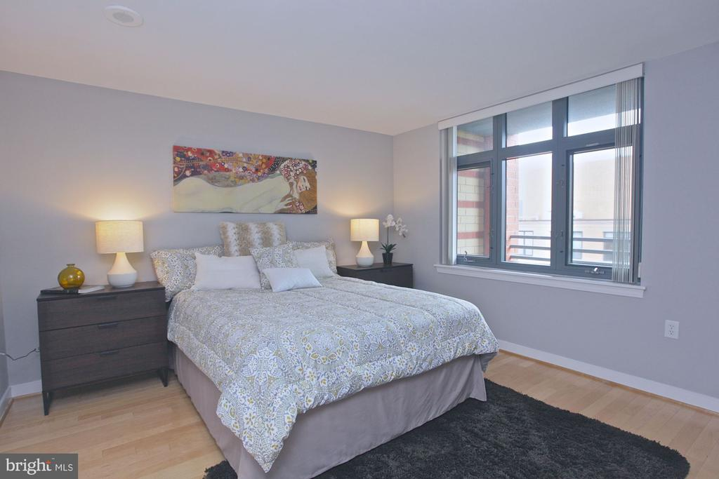 Master BR in different unit in 04 stack - 1117 10TH ST NW #504, WASHINGTON